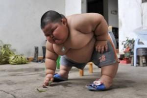 толстый малыш