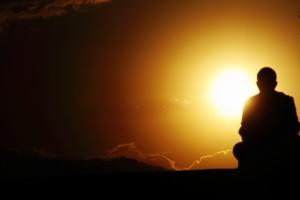 монах на рассвете